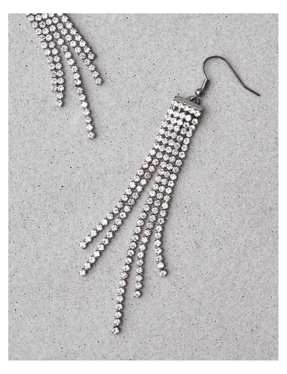 Display product reviews for AEO Rhinestone Duster Earrings