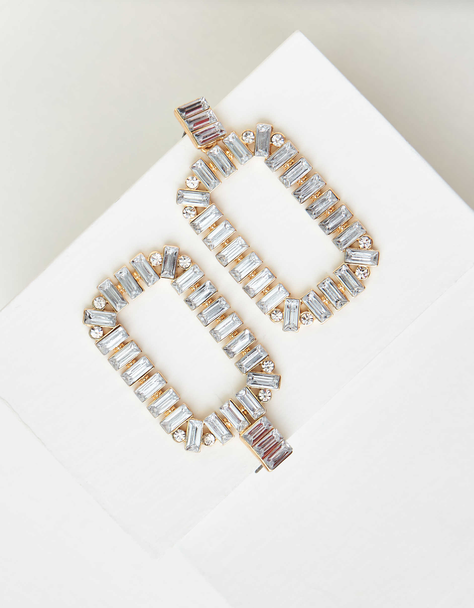AEO Crystal Statement Earring