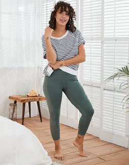 Aerie Move High Waisted Pocket 7/8 Legging