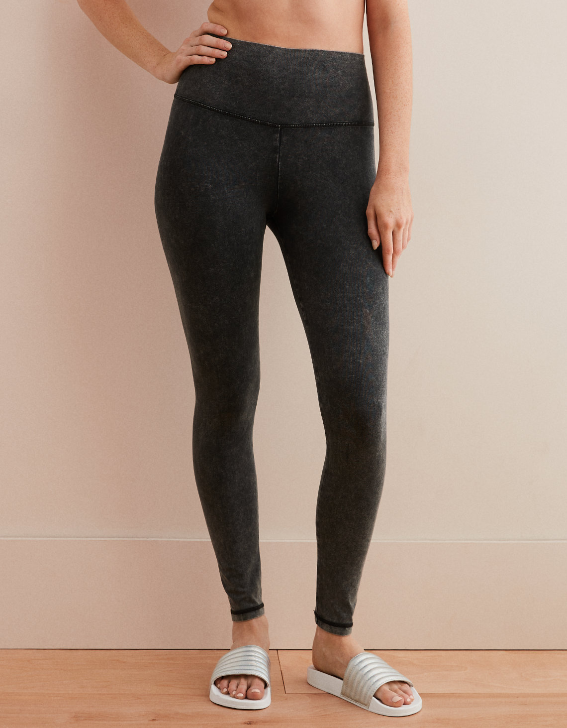 3b6f635ecc7c3 Aerie Chill High Waisted Legging, True Black | Aerie for American Eagle