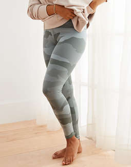 Aerie Play Textured Camo Legging