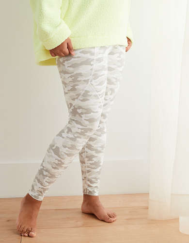 Aerie Move Camo High-Waisted Legging