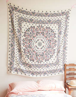 AEO APT Althea Tapestry