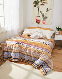 AEO APT Despacito Mixed Print Full/Queen Comforter Set