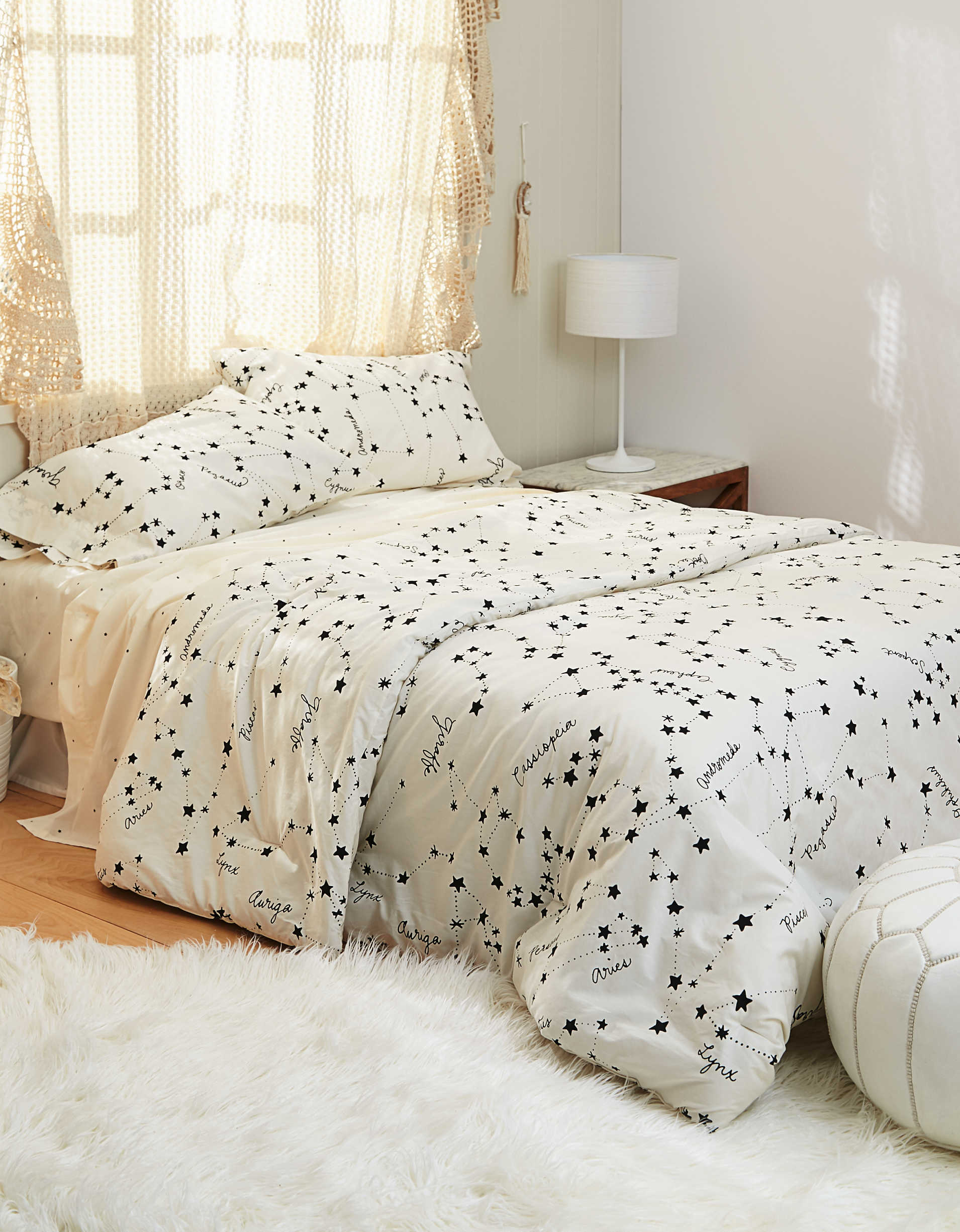 AEO APT Constellation Full/Queen Comforter Set