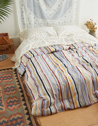 AEO APT Maddie Striped Full/Queen Comforter Set