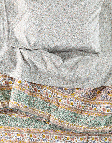 AEO APT Rosemary Floral Twin XL Comforter Set