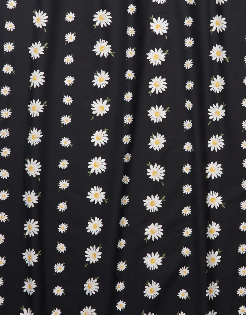 Happy Space Daisy Shower Curtain