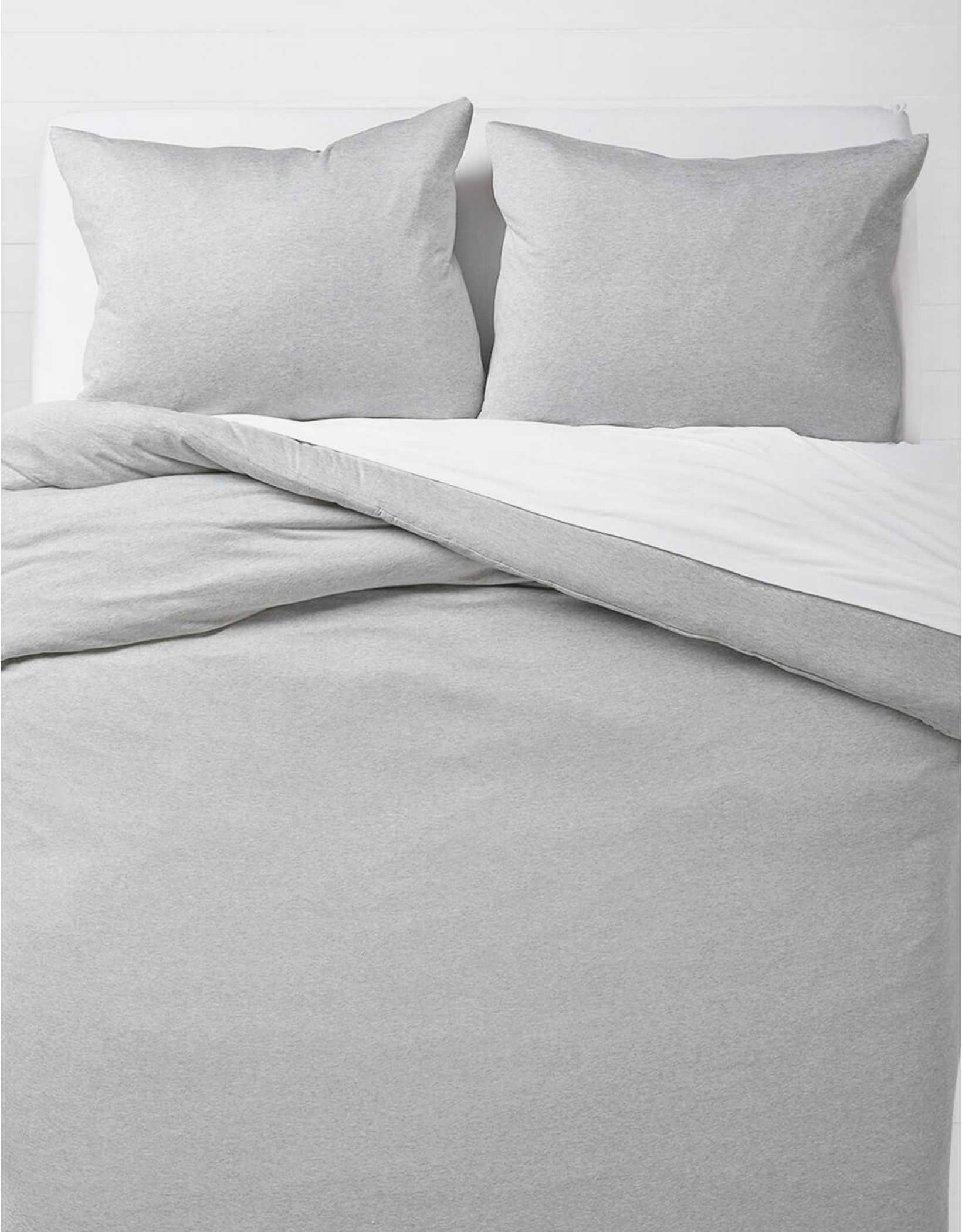 Dormify T-Shirt Jersey Queen Comforter & Sham Set