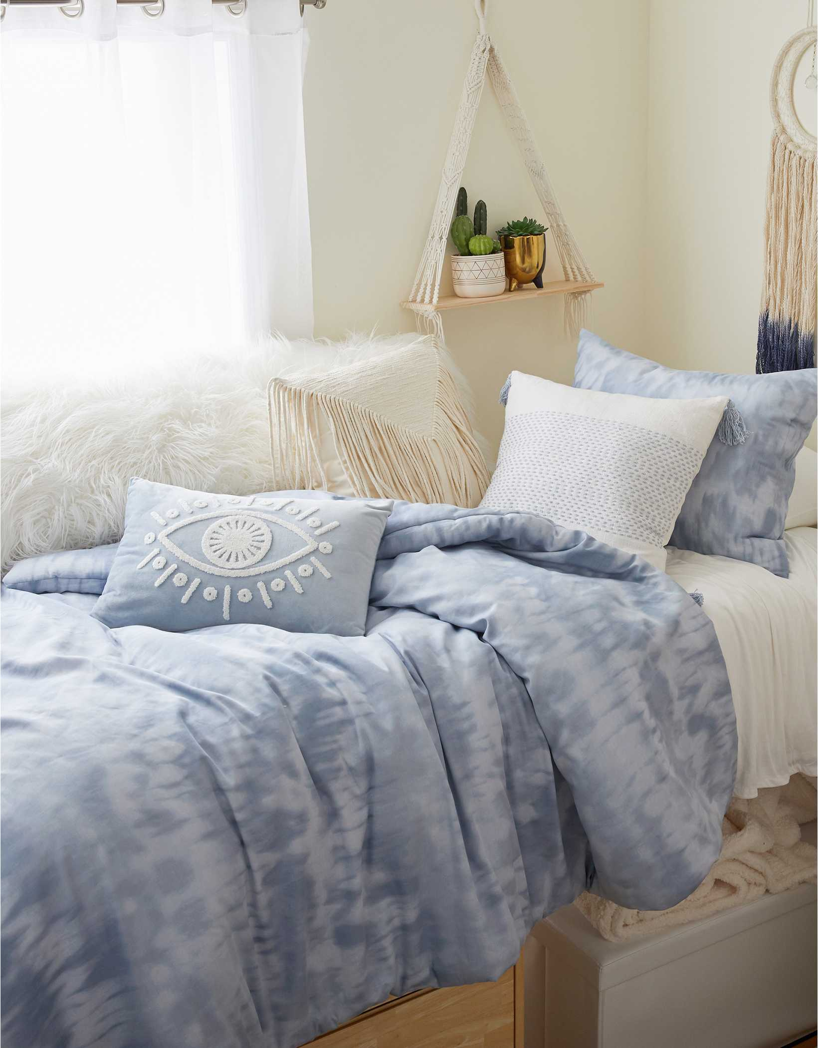 Dormify Shibori Twin XL Comforter & Sham Set