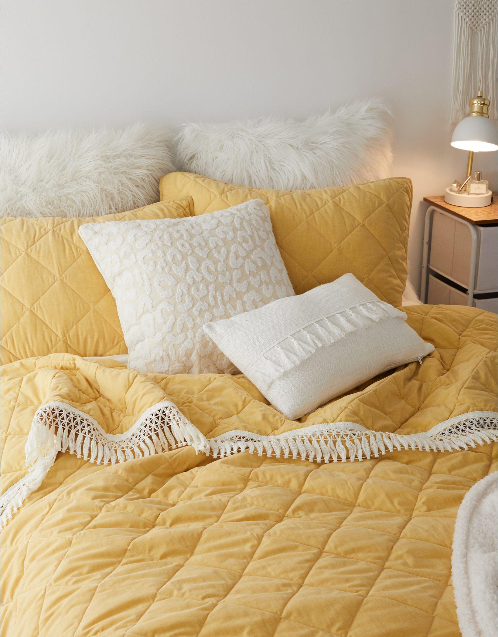 Dormify Leopard Terry Pillow