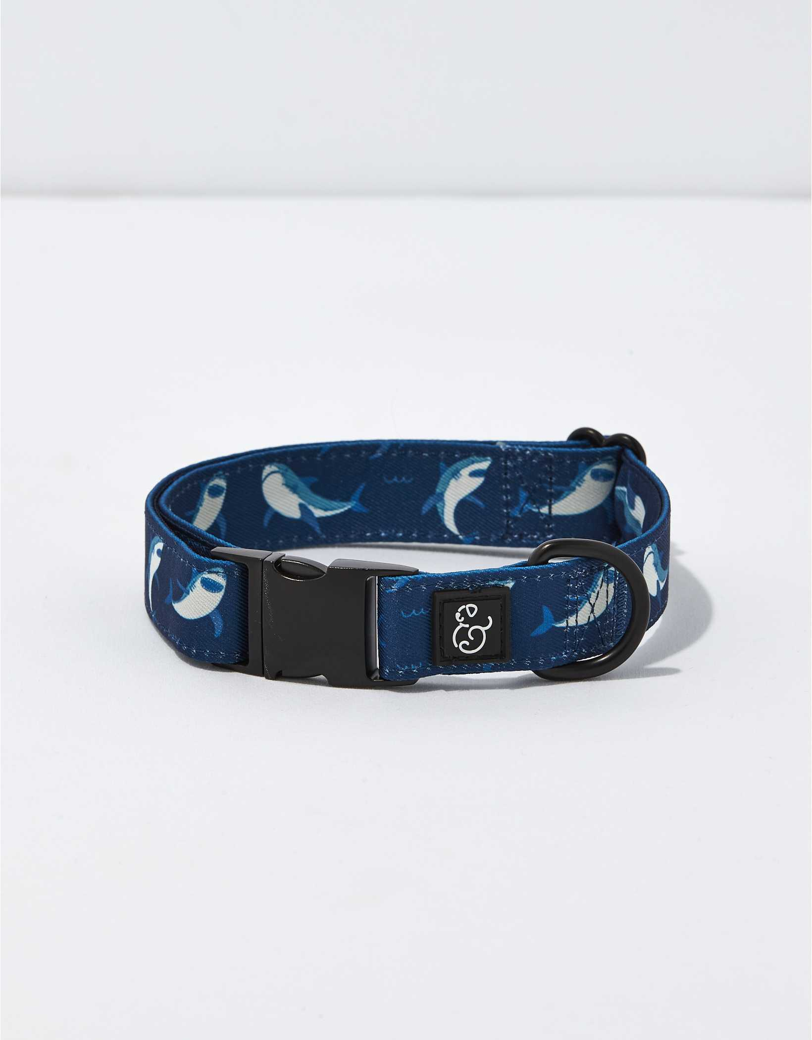 Lucy & Co. Shark Attack Collar