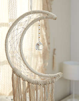 DZI Handmade Dreamcatcher: Blue Moon