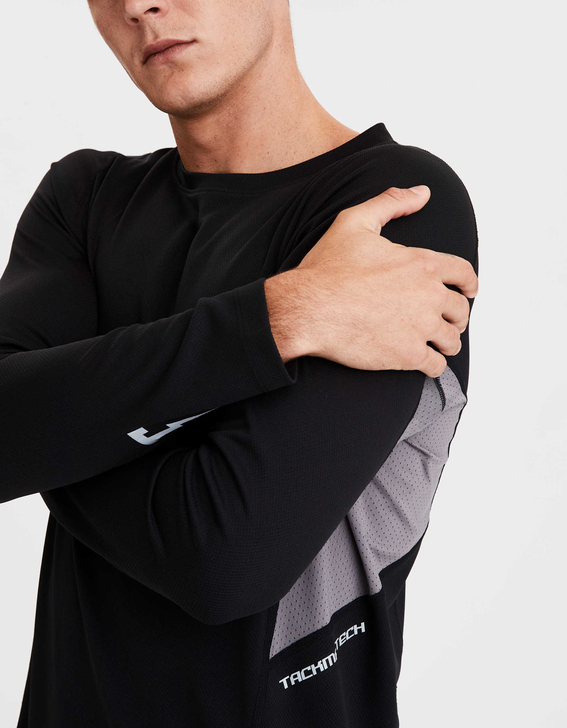 TACKMA Performance Long Sleeve T-Shirt