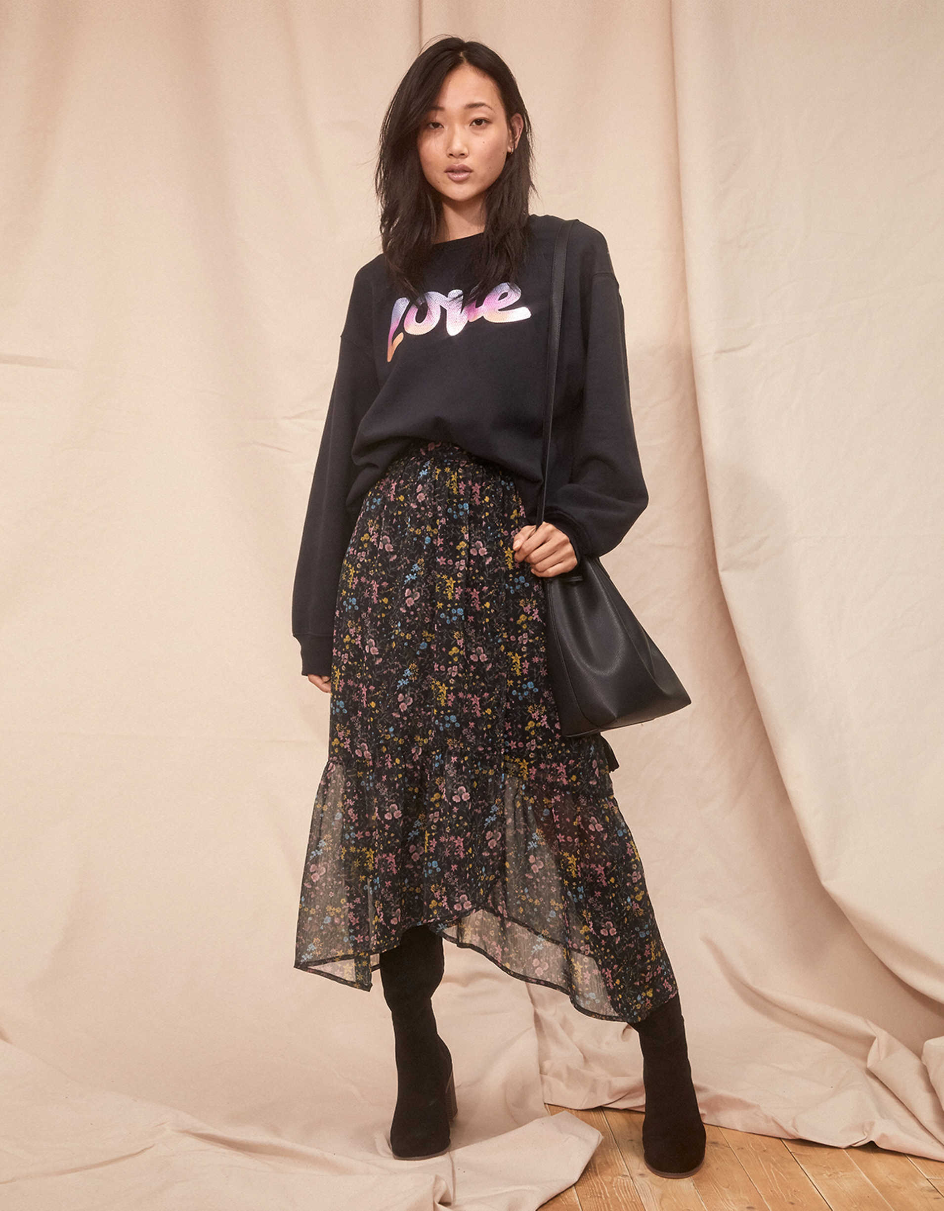 AE Studio Oversized Crew Neck Sweatshirt
