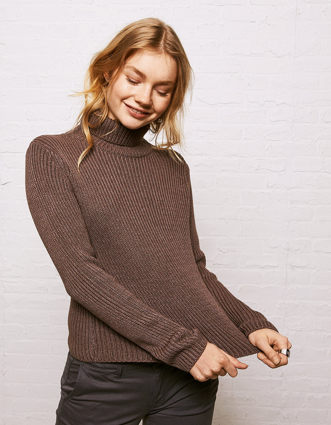 Unique Don't Ask Why Thick Rib Turtleneck Sweater, Washed Plum | American  XD15