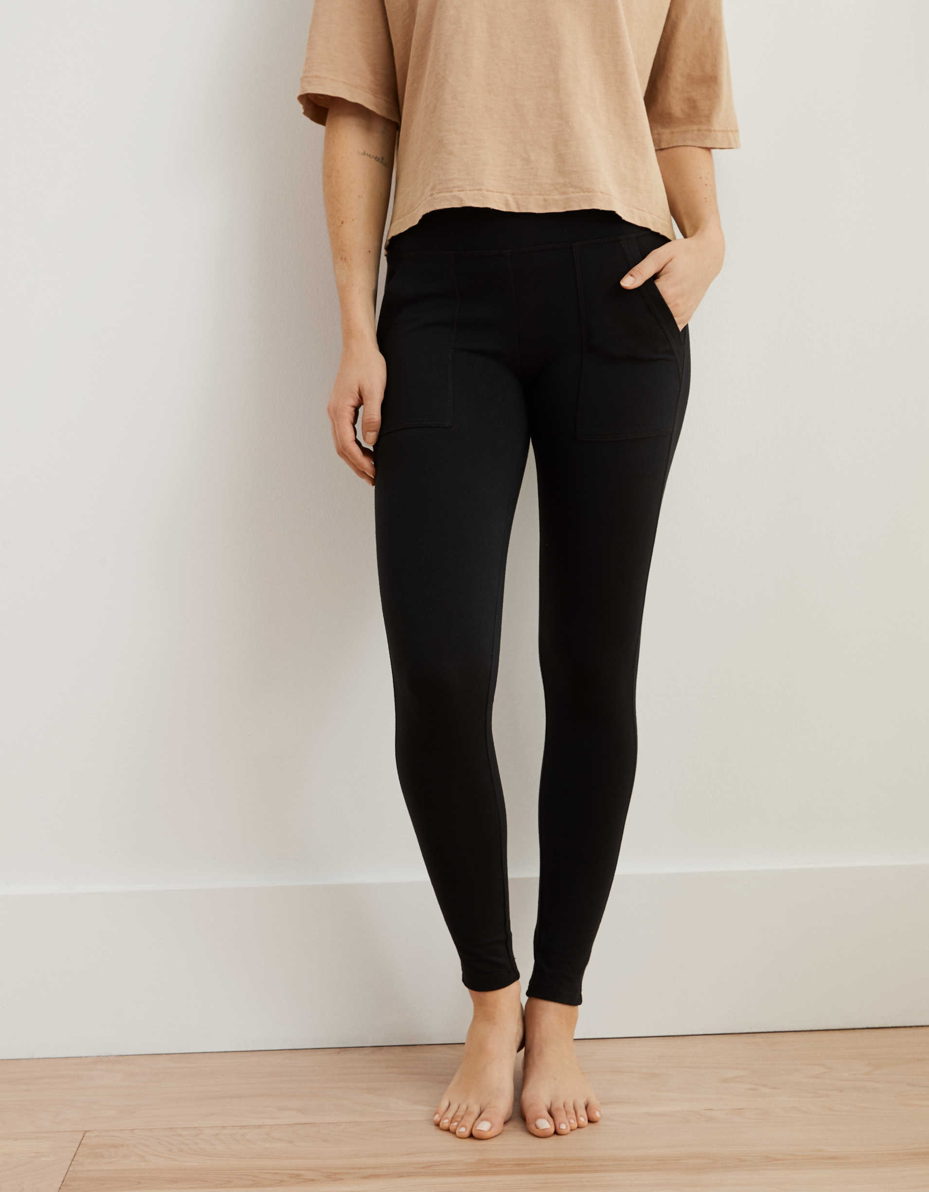 Aerie Chill Pocket Legging