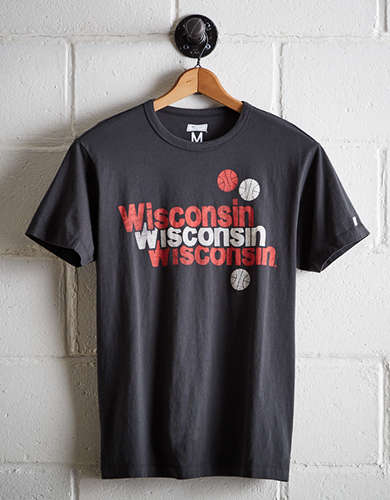 Tailgate Men's Wisconsin Basketball T-Shirt - Free Returns