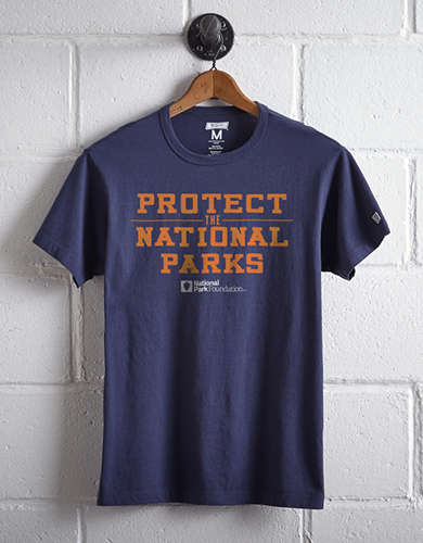 Tailgate Men's Protect The National Parks T-Shirt -