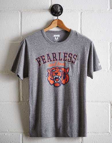 Tailgate Men's Auburn Pocket T-Shirt - Buy One Get One 50% Off