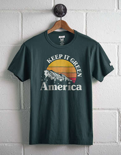 Tailgate Men's Keep It Green T-Shirt - Free Returns
