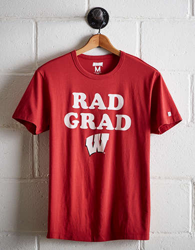 Tailgate Men's Wisconsin Rad Grad T-Shirt - Free Returns