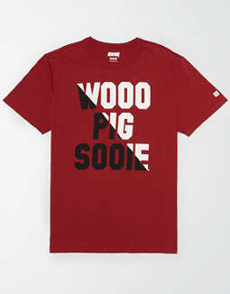 Tailgate Men's Arkansas Wooo Pig Sooie T-Shirt