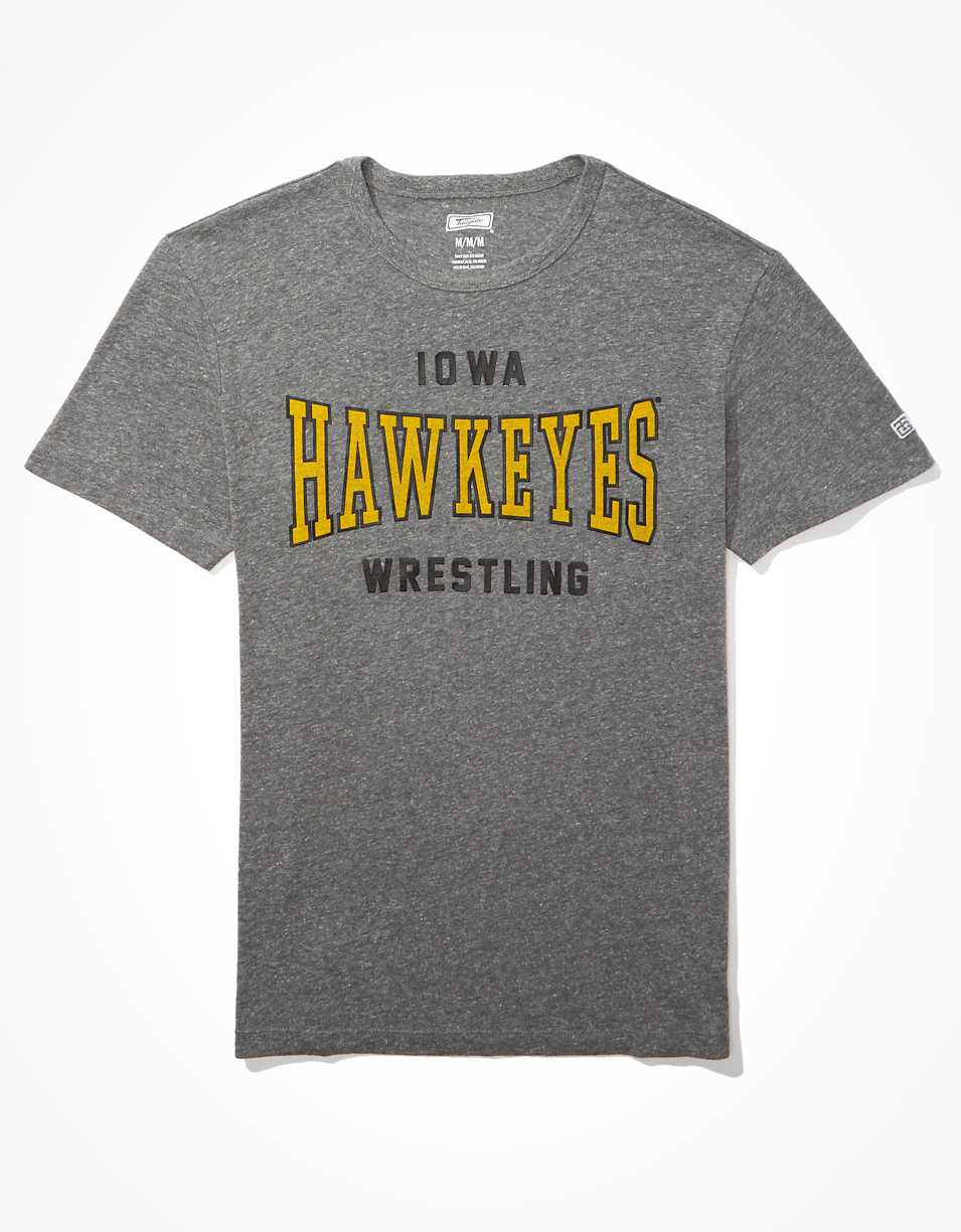 Tailgate Men's Iowa Hawkeyes Classic T-Shirt