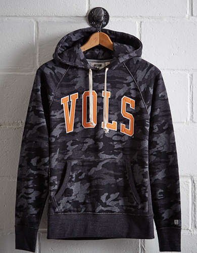 Tailgate Men's Tennessee Popover Camo Hoodie - Free Returns