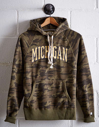 Tailgate Men's Michigan Camo Hoodie - Free Returns