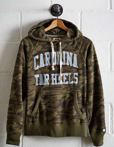 Tailgate Men's UNC Camo Hoodie - Free Shipping + Free Returns