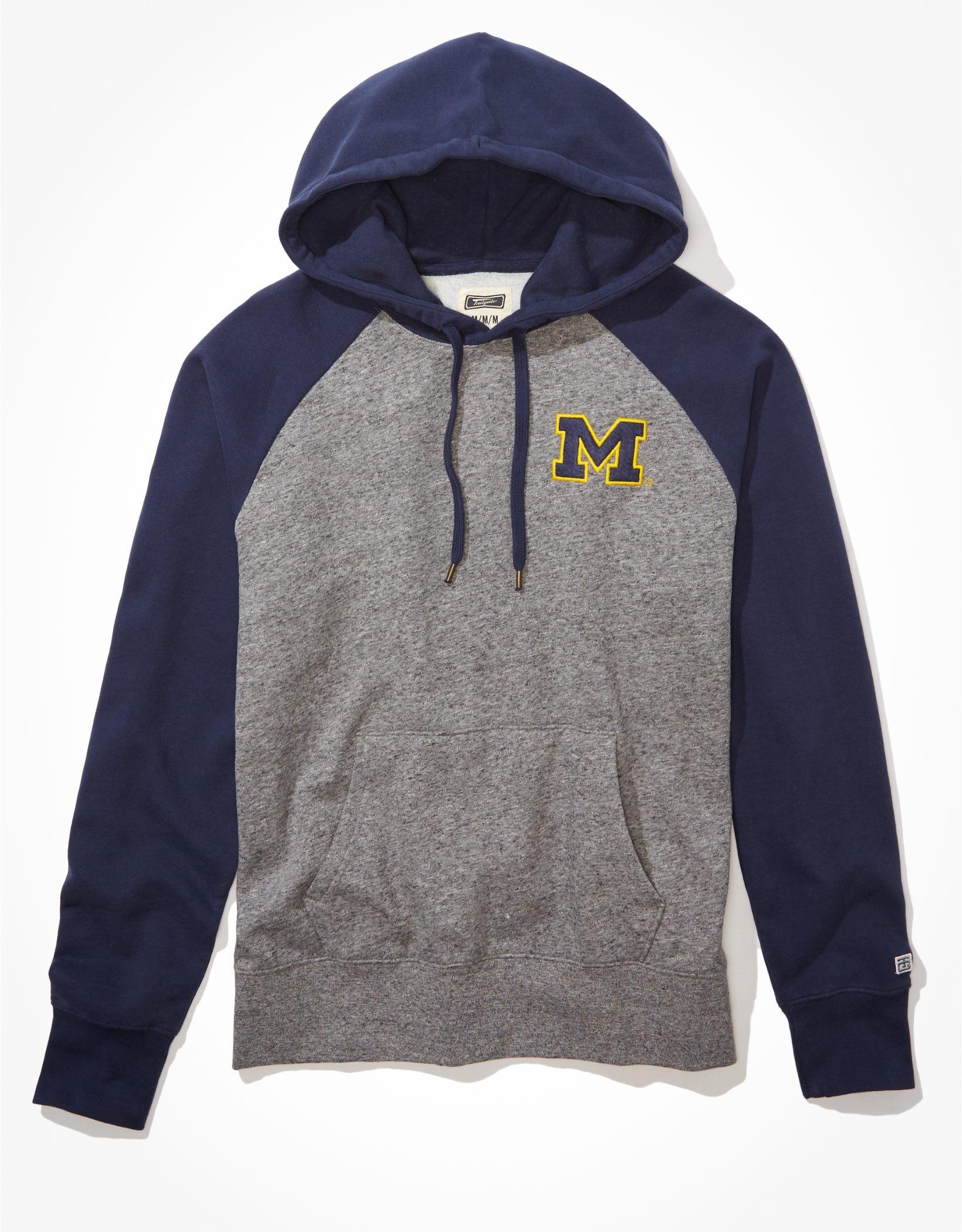 Tailgate Men's Michigan Wolverines Raglan Hoodie