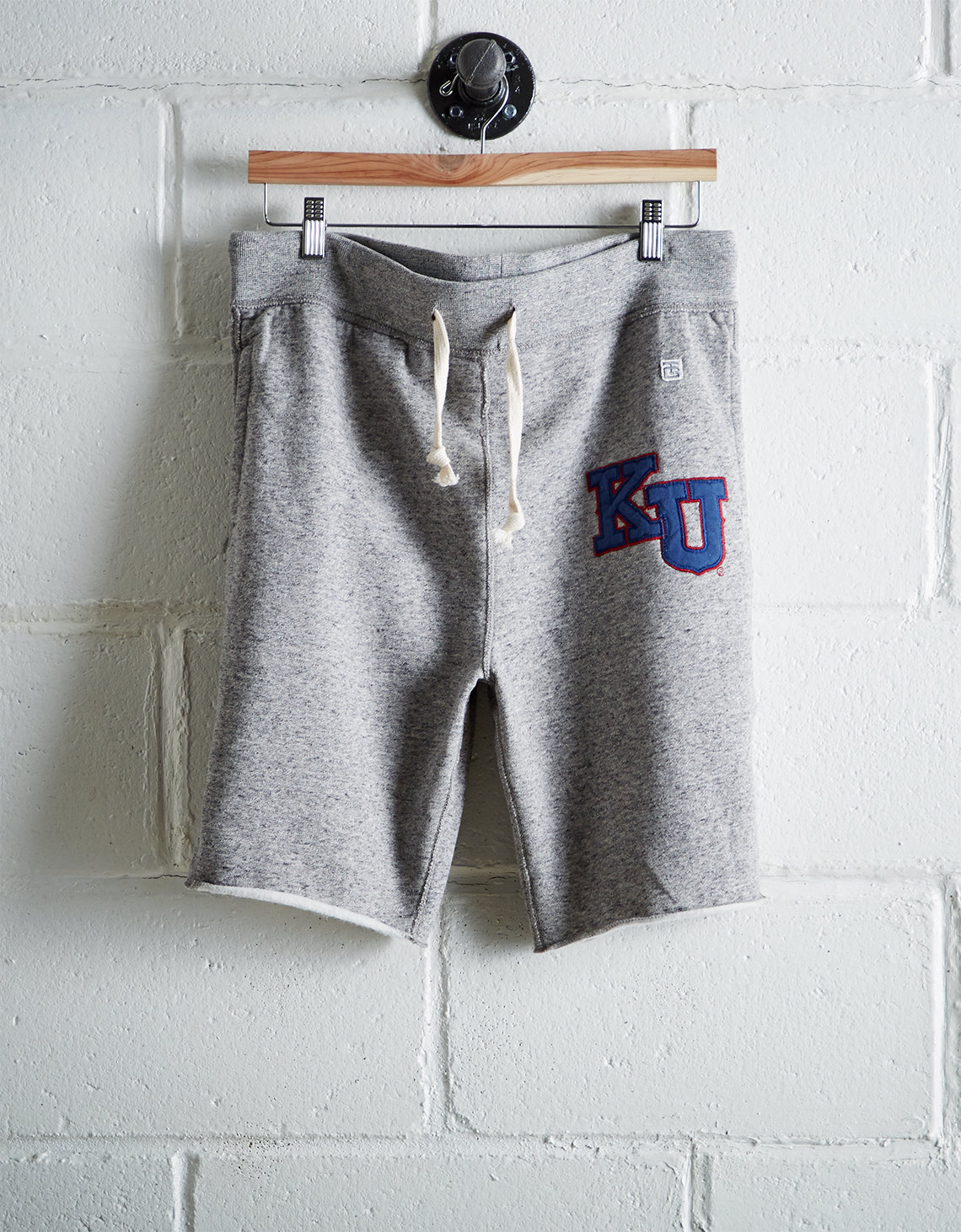 Tailgate Men's Kansas Cut-Off Fleece Short