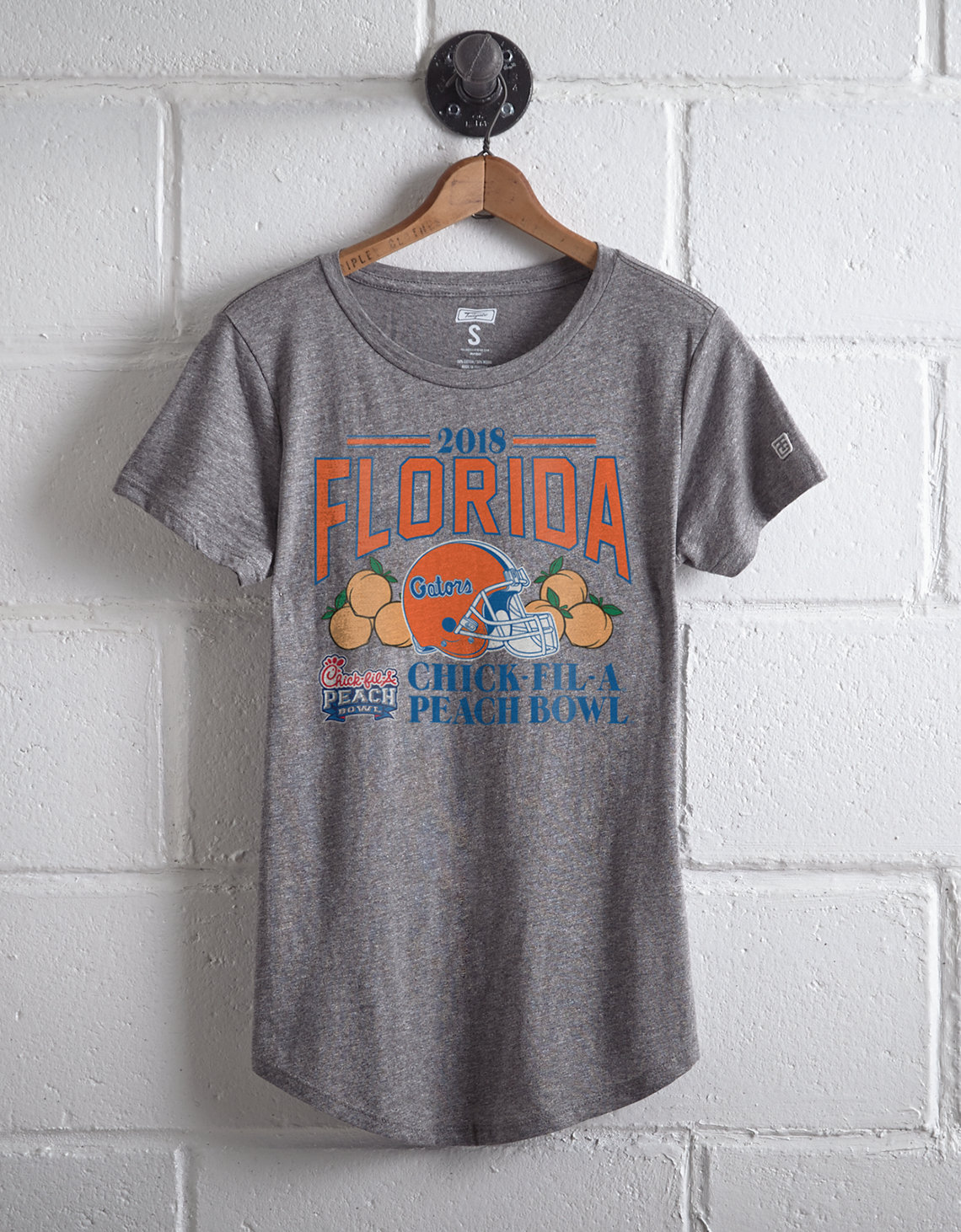 Tailgate Women's Peach Bowl T-Shirt