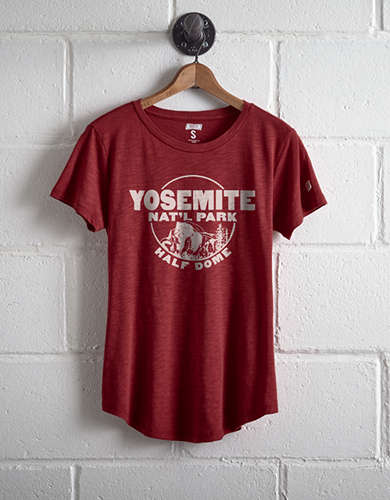 Tailgate Women's Yosemite Half Dome T-Shirt - Free Returns