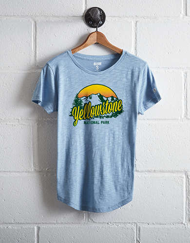 Tailgate Women's Yellowstone National Park T-Shirt - Free Returns