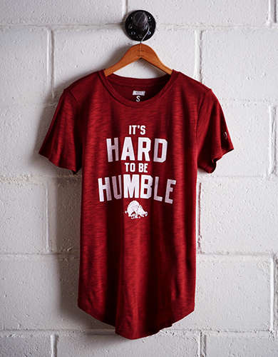 Tailgate Women's Arkansas Hard To Be Humble T-Shirt - Free returns