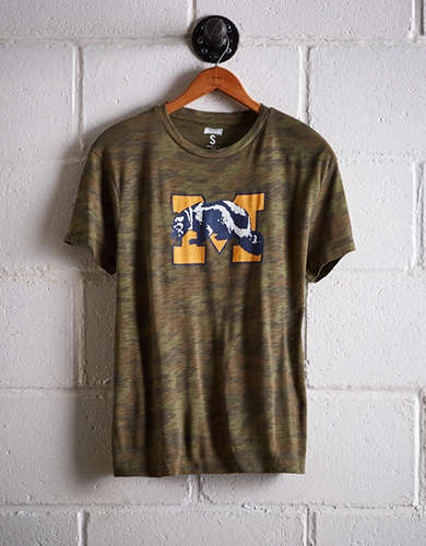 Tailgate Women's Michigan Camo Boyfriend Tee - Free Returns