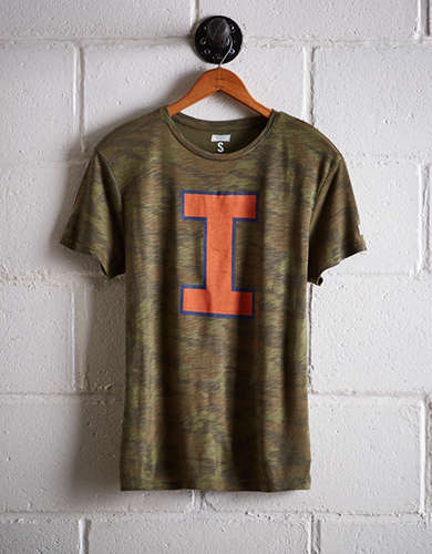 Tailgate Women's Illinois Camo Boyfriend Tee - Free returns