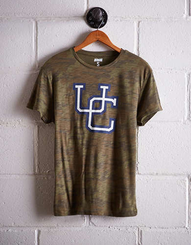 Tailgate Women's Connecticut Camo Boyfriend Tee - Free Returns