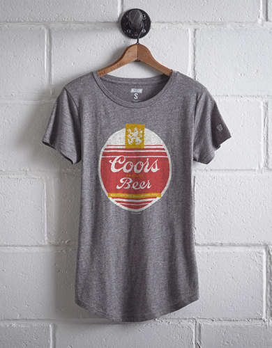 Tailgate Women's Coors Banquet T-Shirt - Free Returns