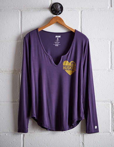 Tailgate Women's Washington Split Neck T-Shirt - Free Returns