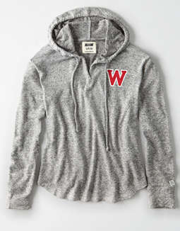 Tailgate Women's Wisconsin Badgers Plush Hoodie