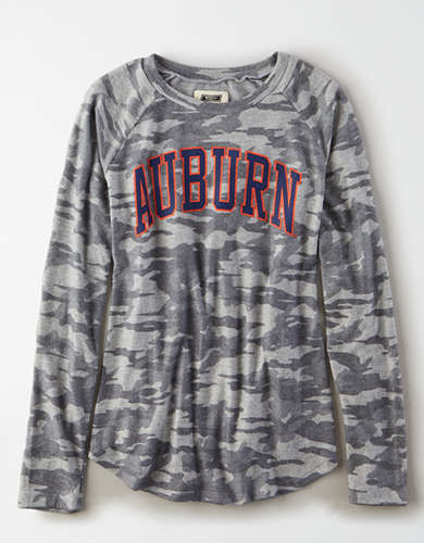 Tailgate Women's Auburn Tigers Plush Camo Shirt