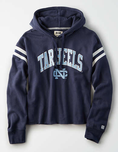 Tailgate Women's UNC Cropped Fleece Hoodie