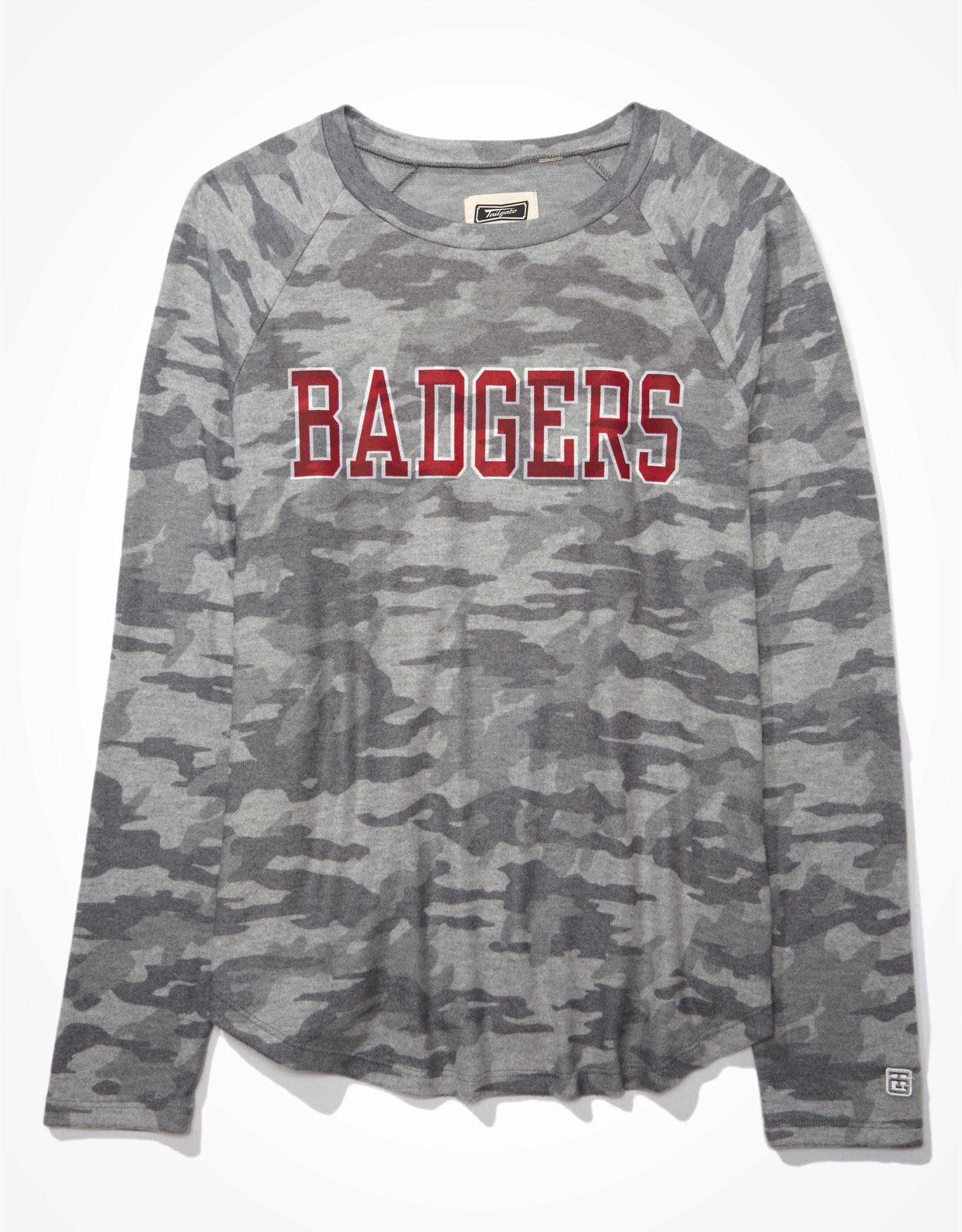Tailgate Women's Wisconsin Badgers Plush Shirt