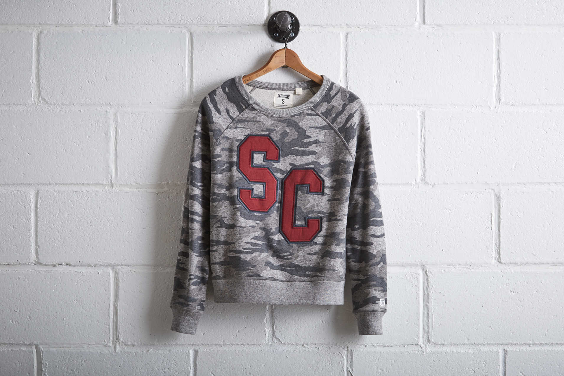 Tailgate Women's South Carolina Camo Sweatshirt