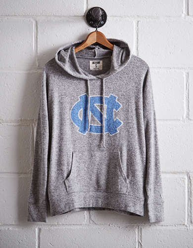 Tailgate Women's UNC Plush Hoodie - Free Returns