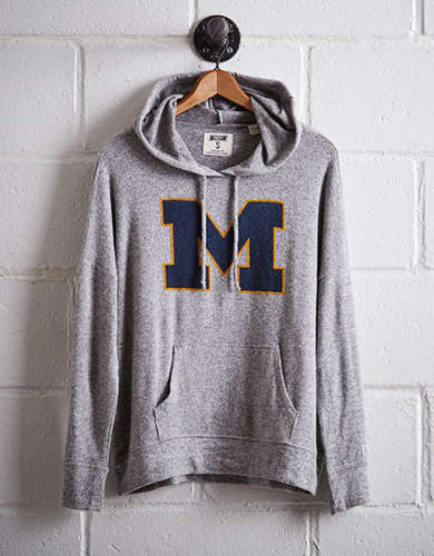Tailgate Women's Michigan Plush Hoodie - Free Returns