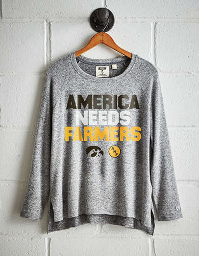 Tailgate Women's Iowa Plush Tee - Free Returns